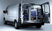 Stock important de piéces détachées dans chaque véhicule d'intervention et dans notre entrepôt logistique